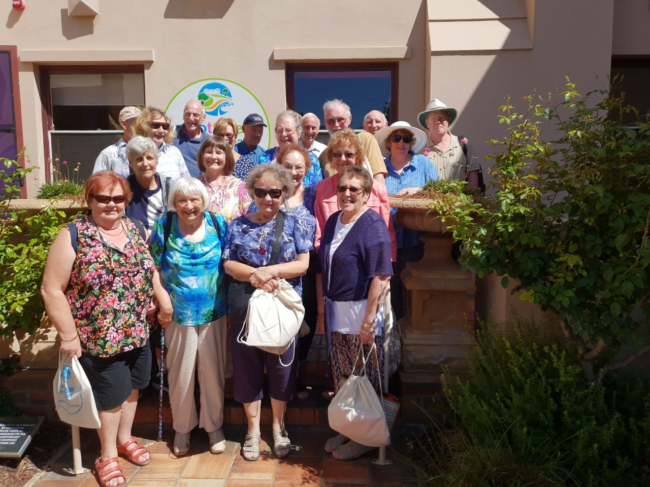 Yarra Ranges NSA members visiting Cottage by The Sea