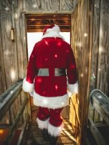 Santa pays early visit to retiree who gets the sack!