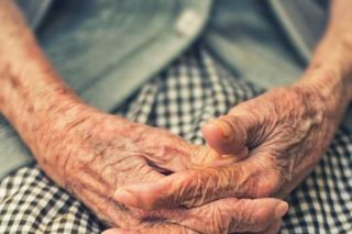 2GB radio - National Seniors says aged care failing the elderly